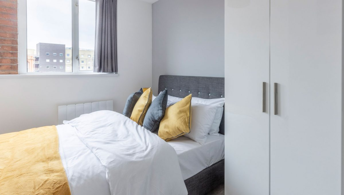 01-property-malak-leicester-luxury-apartments-queen-street-s05-premium-2-Bed