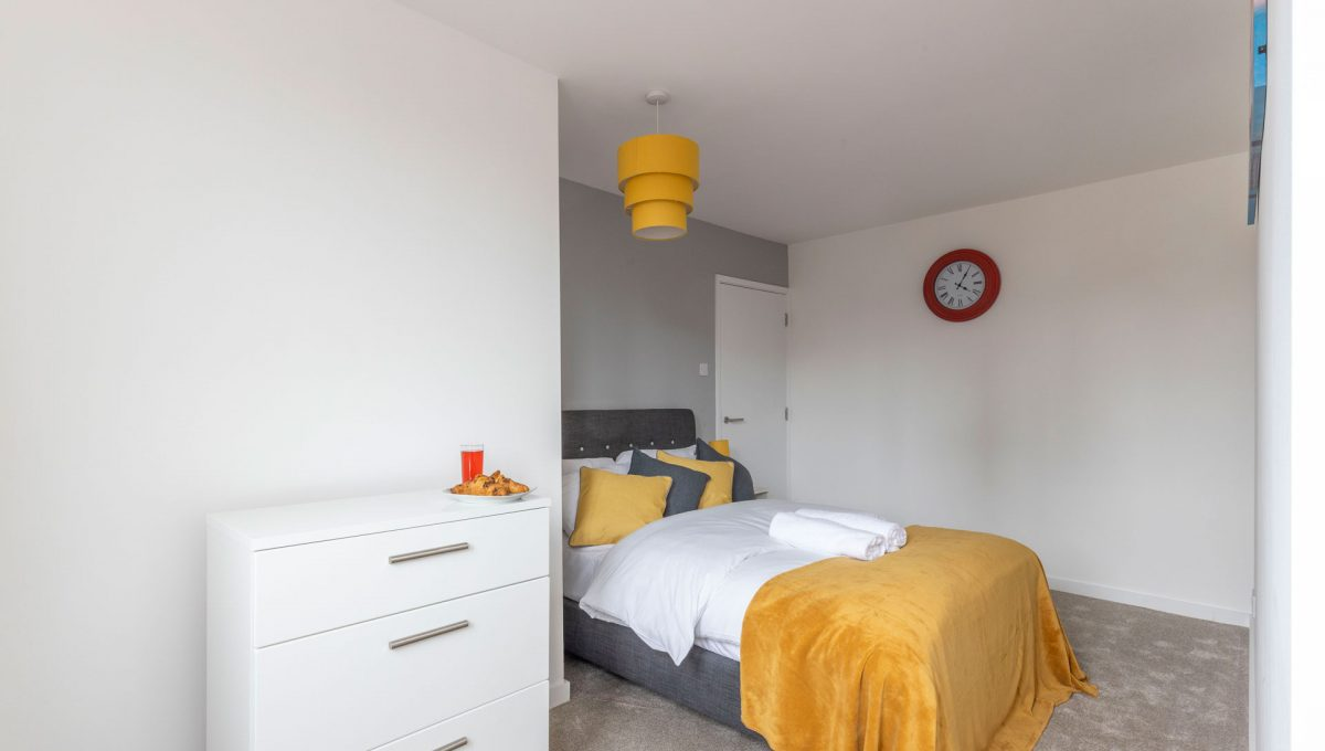 03-property-malak-leicester-luxury-apartments-queen-street-s05-premium-2-Bed
